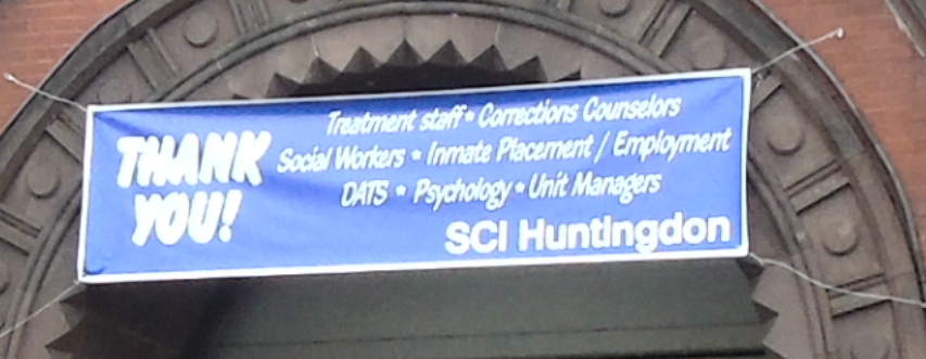 A banner thanking staff at SCI Huntingdon